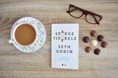 Cărți motivaționale: Seth Godin – Sparge tiparele este printre puținele cărți care m-a determinat la acțiune. Să trec la treabă și să-mi aplic ideile! Seth Godin, Marker, Place Cards, Place Card Holders, Markers