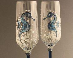 #Seahorse wedding flutes, Beach wedding glasses, Personalized glasses, Nautical wedding glasses,  #seahorse #wedding #beachwedding #sealife #seaglass #weddingglasses #wedding