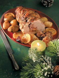 Χοιρινό χριστουγεννιάτικο με πορτοκαλένιες πατάτες - www.olivemagazine.gr Healthy Toddler Meals, Healthy Snacks, Toddler Food, Catering Food Displays, Burger Bar, Fruit Kabobs, Food Stations, Party Buffet, Veggie Tray