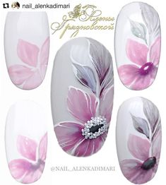 You don't need to be a professional manicurist to set-up fantastic nail designs. After some practice, a working system and the step-by-step guides, you'll be making your very own nail art very quickly. Nail Art Hacks, Easy Nail Art, Flower Nail Designs, Nail Art Designs, Nails Design, Spring Nails, Summer Nails, Cute Nails, Pretty Nails