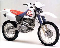 Honda XR250R, made to get dirty, (just not in this picture)