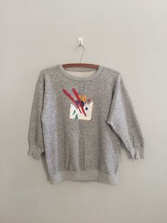 Ski sweatshirt / heather grey sweatshirt / by cashmerevintage