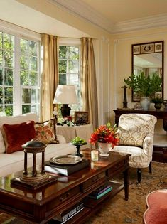 70 Beautiful Traditional Living Room Decor Ideas And Remodel Living Room Windows, Cozy Living Rooms, Home Living Room, Interior Design Living Room, Living Room Designs, Living Room Furniture, Interior Livingroom, English Living Rooms, Antique Living Rooms