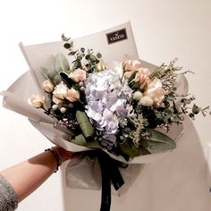 """#vaness #flower #vanessflower #flowergram #florist #instaflower #handtied #Academy #바네"