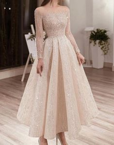 Stylish Dresses, Elegant Dresses, Pretty Dresses, Beautiful Dresses, Prom Dresses Long With Sleeves, Ball Dresses, Evening Dresses, Floral Prom Dresses, Ankle Length Wedding Dress