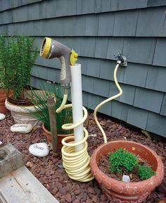 pvc pipe for coiled hose storage. Top 20 Low-Cost DIY Gardening Projects Made With PVC Pipes pvc pipe for coiled hose storage. Top 20 Low-Cost DIY Gardening Projects Made With PVC Pipes Pvc Pipe Projects, Diy Garden Projects, Outdoor Projects, Pvc Pipe Garden Ideas, Welding Projects, Garden Crafts, Diy Gardening, Organic Gardening, Flower Gardening