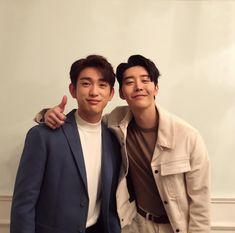 Seong mo and lee an/best brother duo! Korean Celebrities, Hollywood Celebrities, Asian Actors, Korean Actors, Korean Dramas, Yugyeom, Youngjae, Wang Jackson, Korean Shows