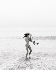 Beach life//Mommy and Me Time Baby Beach Pictures, Beach Photos, Newborn Photography, Family Photography, Beach Photography, Hot Dads, Celebrity Dads, Mothers Love, Best Mom