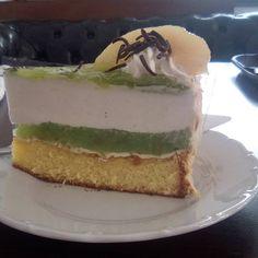 Instagramový příspěvek od Kačí • Čec 16, 2019 v 11:57 UTC Pudding, Desserts, Food, Tailgate Desserts, Deserts, Custard Pudding, Essen, Puddings, Postres