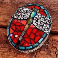 Mosaic Rocks, Stone Mosaic, Mosaic Glass, Mosaic Tiles, Rock Mosaic, Glass Tiles, Mosaic Crafts, Mosaic Projects, Mosaic Designs
