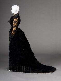 Charles-Frederick Woth, Evening Dress, ca. 1878, Fashion Institute of Design & Merchandising, Los Angeles