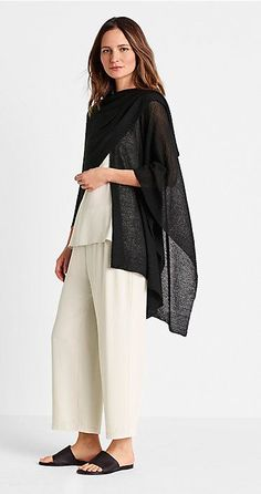 Best travel clothes women over 50 eileen fisher 55 Ideas Look Fashion, Fashion Outfits, Womens Fashion, Fashion Design, Travel Clothes Women, Clothes For Women, Cool Outfits, Casual Outfits, Women's Casual