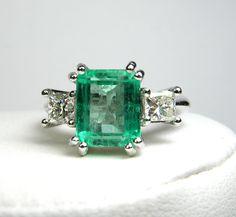 Emerald Diamond Ring /SOLD
