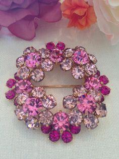 Vtg Eisenberg Ice Rhodium Pink Fuchsia Rhinestone Tiered Wreath Florets Brooch