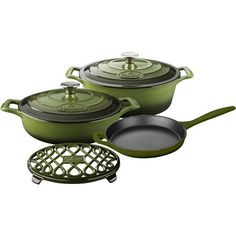 Rustle up all sorts of mouth-watering dishes with La Cuisine's PRO Enameled Cast Iron Cookware Set. This set includes the covered saute, covered oval casserole, open skillet with cast iron handles and an oval trivet. La Cuisine's PRO cast iron cookware i Enameled Cast Iron Cookware, Casserole Pan, Cookware Set, Healthy Cooking, Real Cooking, Cooking Herbs, Kitchen Gadgets, Cooking Gadgets, Olive Green