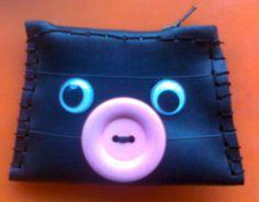 recycled inner tube.Wallet by Sylvia Hennebo for karmavida.org