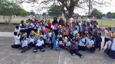 Los Reyes Magos llevan alegría y felicidad a cientos de niños