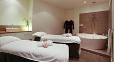 day spa brisbane fortitude valley couples spa treatment room endota Spa Treatment Room, Spa Treatments, Couples Spa, Spa Day, Brisbane, Birthday Ideas, Business, Bed, Inspiration