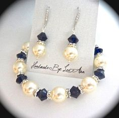 Pearl bracelet and earring set Something by QueenMeJewelryLLC