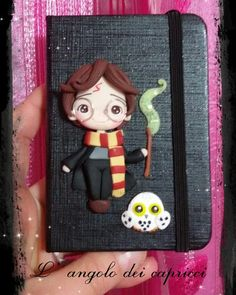 Cute Polymer Clay, Fimo Clay, Polymer Clay Projects, Harry Potter Ornaments, Harry Potter Diy, Cute Crafts, Diy And Crafts, Paper Crafts, Bedroom Murals