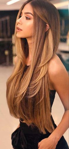 Blonde Hair With Highlights, Balayage Hair Blonde, Brown Blonde Hair, Brunette Hair, Long Bronde Hair, Long Curly Blonde Hair, Brown Ombre Hair Medium, Honey Blonde Hair, Medium Long Hair