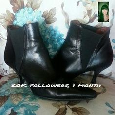 I just discovered this while shopping on Poshmark: Donald J. Pliner Ankle Boots. Check it out!  Size: 7