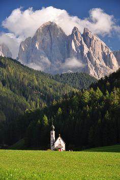 Chiesetta di San Giacomo (Val di Funes)