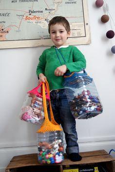 Best 12 Recycled plastic bottle tissue and towel holder and Reuse Plastic Bottles, Plastic Bottle Crafts, Upcycled Crafts, Diy And Crafts, Crafts For Kids, Storage Pods, Diy Décoration, Towel Holder, Bottle Art