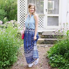 No closet is complete without a good maxi skirt.   cc: @musingsofglitter