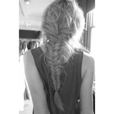24 Messy Braids from Pinterest to Inspire Your Look ❤ liked on Polyvore featuring hair, hairstyles, hair styles, pictures, beauty, backgrounds and filler