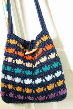 @  Cherry Heart: Palm Leaf Print Bag - pattern is in #crochet magazine