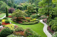 The famous Butchart Gardens at Victoria, B.C , Butchart Gardens. The famous Butchart Gardens at Victoria, B. Plants, Outdoor, Landscape Design, Butchart Gardens, Outdoor Gardens, Dream Garden, Landscape, Beautiful Gardens, Buchart Gardens