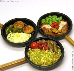 Сытный обед на сковороде кукольная миниатюра - Чудеса в ладошке (Акинина Марина)