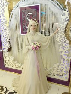 Cheap muslim bridal dress, Buy Quality bridal dress directly from China wedding dress long Suppliers: Champagne elegant African Wedding Dresses Long sleeve Fashion Muslim Bridal Dresses with Hajib High Neck Gelinlik Muslimah Wedding Dress, Muslim Wedding Dresses, African Wedding Dress, Muslim Brides, Bridal Dresses, Wedding Gowns, Wedding Hijab Styles, Moda Emo, Man Fashion