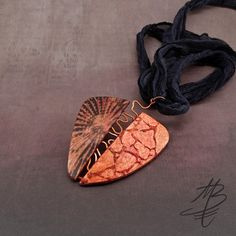 polymer jewelry - Martina Buriánová - a combination of my techniques Polymer Clay Necklace, Polymer Clay Pendant, Polymer Clay Art, Photo Jewelry, Jewelry Art, Jewelry Design, Nova, Polymer Clay Projects, Pendant Design