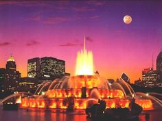 5 thanh pho duoc yeu thich nhat o my Chicago Movie, Chicago Map, Chicago Hotels, Chicago Restaurants, Buckingham Fountain, Soldier Field, Grant Park, May Bay, Route 66