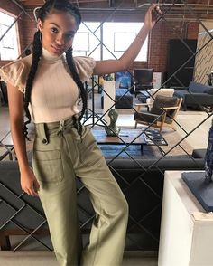 Pair with a circle skirt Yara (يارا) Shahidi ( Grown Ish, Summer Outfits, Cute Outfits, Black Girl Fashion, Dope Fashion, Celebrity Style, Street Style, Style Inspiration, Fashion Outfits