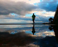 Concurso de Fotografía Elfoton.es #elfoton15 #Paisaje elfoton.com/ Usuario: Jose (España) - Reflejos - Tomada en Ceuta el 12/11/2014