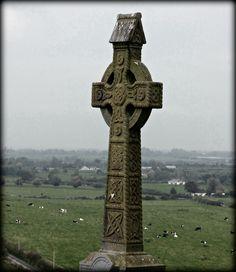 Celtic Cross at Rock of Cashel, County Tipperary, Ireland - Jon Lander ©2016