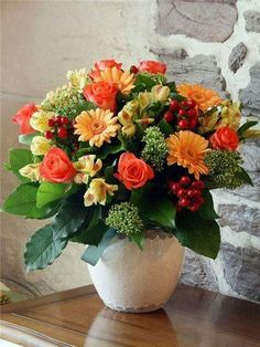 25 Fall Flower Arrangements, Thanksgiving Table Centerpieces and Fall Decorations – DECOR FOR ALL Interior Styles, Home Decor Ideas, Decorating Themes Fall Flowers, Exotic Flowers, Fresh Flowers, Beautiful Flowers, Flora Flowers, Flowers Garden, Purple Flowers, Beautiful Flower Arrangements, Floral Arrangements