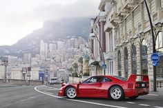 Ferarri F40 / photo by Alex Penfold