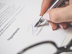 Bloggers: You Need a Contract. Here's How To Make One | Curbly