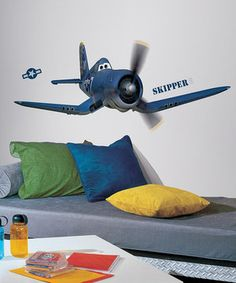Petite pilots can decorate their room with these peel-and-stick wall decals featuring everyone's favorite characters from Planes. They're completely removable and reusable so they can be repositioned in an animated aviation-themed room again and again without damaging the walls.