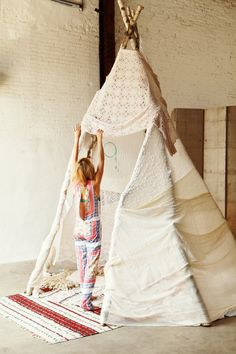 Tipi in the Living Room Cabana, Teepee Tent, Teepees, Play Teepee, Play Tents, Deco Kids, Cubby Houses, Tree Houses, House Trees
