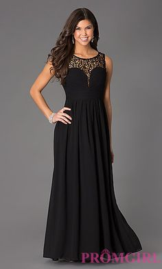 Perfect for Prom: This floor length lace embellished dress is everything!