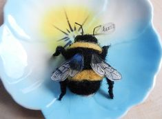 needle felted Bumble Bee | Flickr - Photo Sharing!