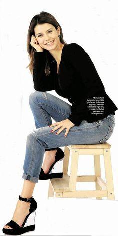 Turkish Actress and Model Beren Saat (Bithar)