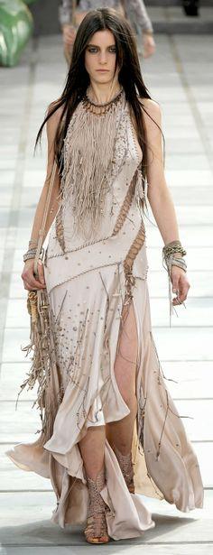 Fashion Is Life: Beautiful Sleevelees Long Prom Dress