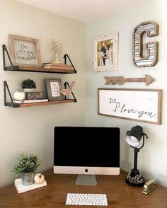 Diy Office Desk, Cool Office Space, Home Office Organization, Office Ideas For Work, Office Setup, Office Room Ideas, Office Wall Colors, Office Den, Office Inspo
