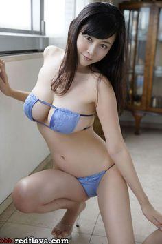 Latest picture of Japanese gravure idol Anri Sugihara on Red Flava blog.